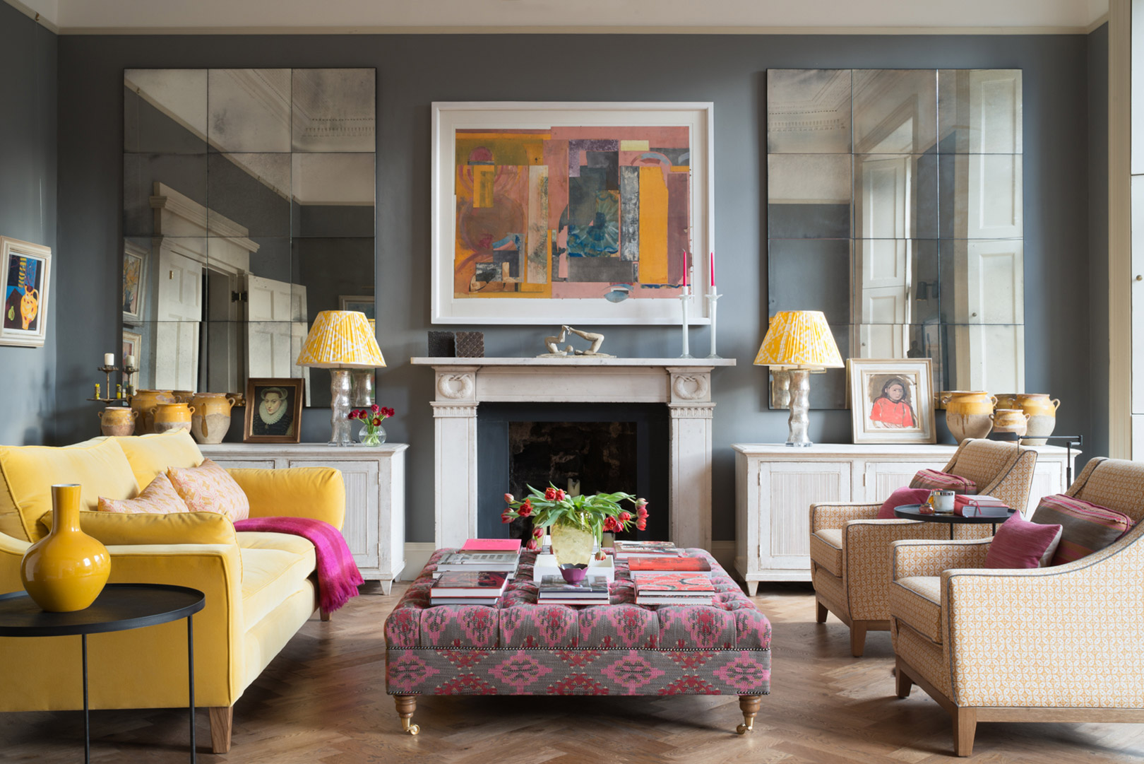 Jessica-Buckley---4-1-N-E-Circus-Place-Livingroom-image-©-ZAC-and-ZAC-(1-of-15)